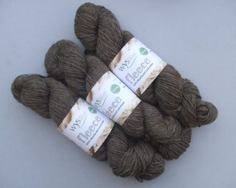 A-Roving We Will Go British Chunky BFL Wool. Natural Milk Chocolate