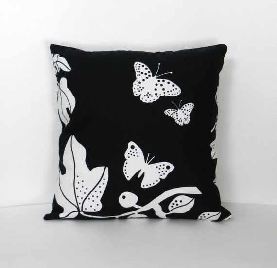 leaves and butterflies throw pillow cover black white ikea. Black Bedroom Furniture Sets. Home Design Ideas