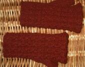 Womens girls wristwarmers fingerless gloves handwarmers mitts handknit with dark red marsala burgundy merino wool cashmere blend yarn
