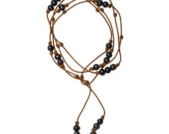 Handknotted leather necklace with pearls
