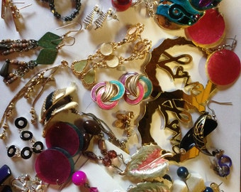 SALE Earrings Pierced and Clip Vintage De-stash lot 782