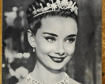 1954 Vintage French film magazine with Audrey Hepburn in Roman Holiday