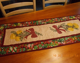 handpainted christmas sleigh bells quilted table runner