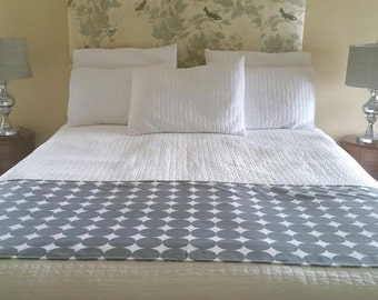 AS-IS SALE-  Full/Queen Bed Runner, Beddings, Bed Cover, Bed Scarf