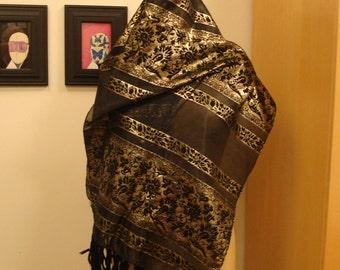 Metallic brocade shawl