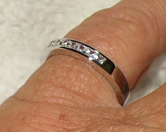 14kt Princess Cut Wedding Band