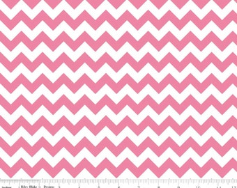 Cotton Chevron - Small Chevron Hot Pink from Riley Blake