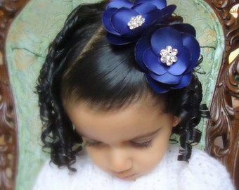 ON SALE Blue Hair Clip. Royal Blue flower Petals hairclips for your Flower Girls - Petals COLLECTION01-