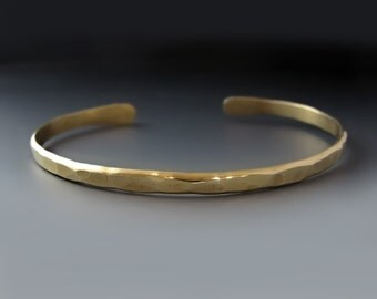 Men's Thin Hammered Gold Brass Cuff Bracelet / father's day gift / boyfriend gift /gifts for him / Layering Bracelet / Men's Thin Gold Cuff