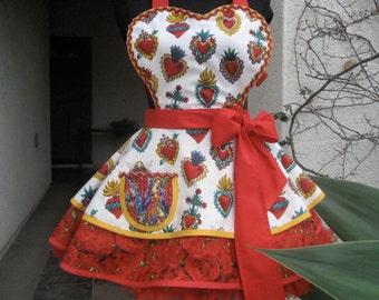 Hispanic Sweetheart Apron Corazones and Red Roses retro