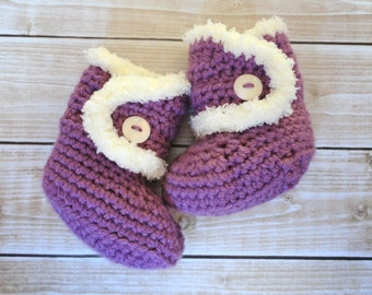 Baby Girl Purple Booties with Ivory Faux Fur 3-6 Months