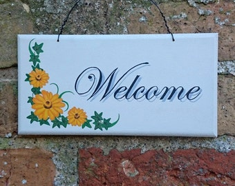 WELCOME Sign Wooden Hanging Plaque Hand Painted Home Decoration Gift Yellow Flowers