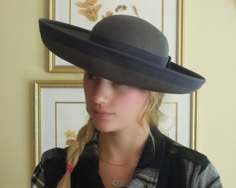 Fabulous Vintage 1960s Navy Blue Woven Hat / Gros Grain Ribbon and Bow Large Brim Hat / Wide Brim Hat / Sun Hat
