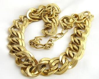 Chunky Gold Curb Link Necklace -- Vintage 1980s - Napier Style