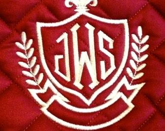 Embroidered Monogram Crest Outline Saddle Pad
