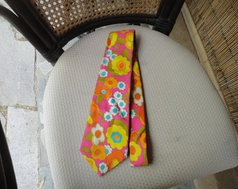 Vintage flower power neck tie by Ties by Jon California