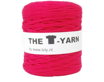 The t-shirt yarn 120-135 yards, 100% recycled cotton tricot yarn, fuchsia 10