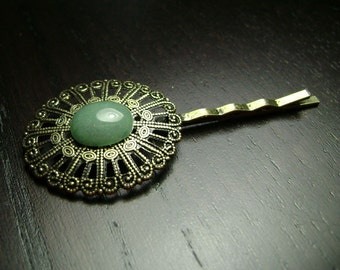 SALE !!! Antiqued Brass Filigree Bobby Pin with Green Aventurine Cabochon