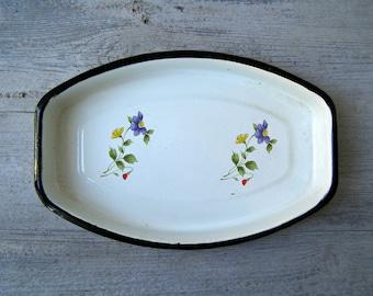 Enamel Baking Dish, Oval Serving Platter Floral , Vintage White Pan Black Rim, Soviet Pie Cake Pan, Midcentury Enamelware