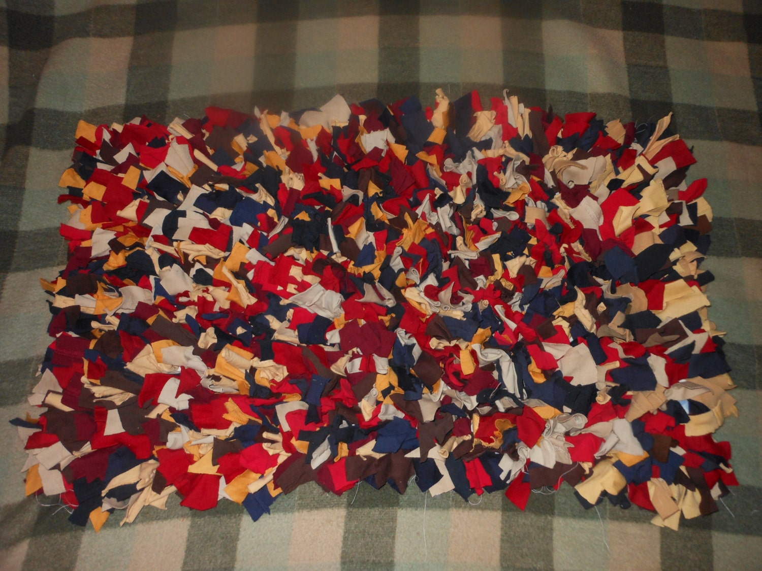 Recycled T Shirt Shag Rag Rug Blue Brown Red Tans