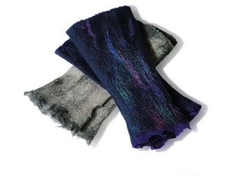 Wet Felt Kit makes 2 pairs wrist warmers, fingerless gloves, Grey/Navy or Red/Blue, online tutorial