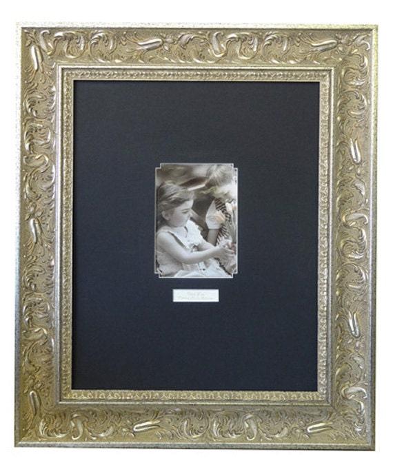 Graduation Signature Silver Frame 6702 Black Or White