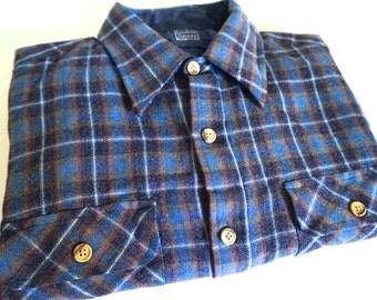 Mid Century Men's Sears Flannel Blue Plaid Button Up Shirt Size 15-15.5  - Floyd Jones Vintage