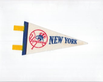 Vintage MLB Baseball Team New York Yankees vtg Pennant Stiff Felt Small Mini Pennant Collectibe Vintage 1970s or 80s Era Display Sports Team