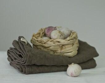 LINEN TEA TOWELS / mushroom brown