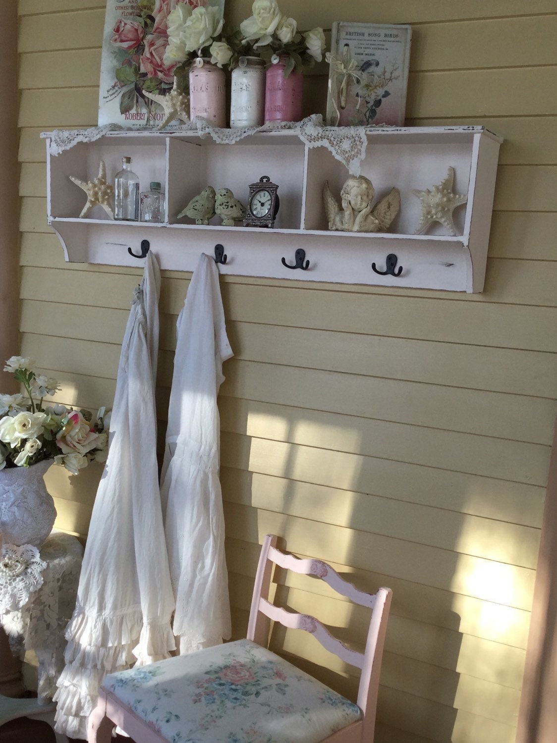 large shabby chic cubby shelf coat rack with hooksshabby chic. Black Bedroom Furniture Sets. Home Design Ideas
