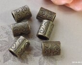 10 mm Antiqued Bronze Tube Pendant Connectors (.ttn)