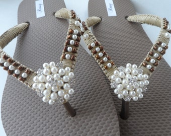 Bridal Flip Flops / Bronze Beach Wedding Flip Flops / Summer Flip Flops / Bridesmaids Flip Flops.