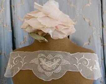 1930's Ecru Floral Stitched Appliques