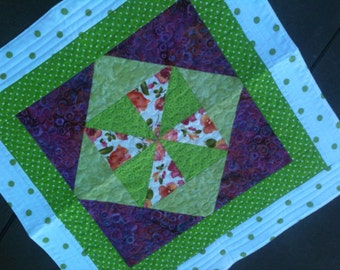 Table topper quilted
