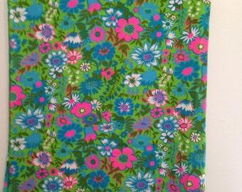 """XL Fabric Piece - Vintage Floral - 117"""" x 44.5"""""""