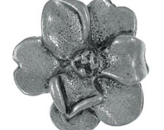 Magnolia Lapel Pin - CC543