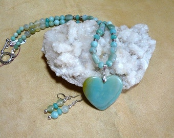20 Inch Aqua Amazonite Heart Necklace with Earrings