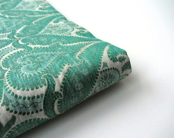 Green white flowers hearts silk brocade from India fabric nr 516 fat quarter