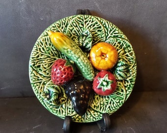 Vintage french Majolica Barbotine trompe l'oeil plate.Decorative plate .Wall hanging