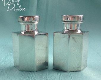 Estate Showcase   Sterling Salt and Pepper Set