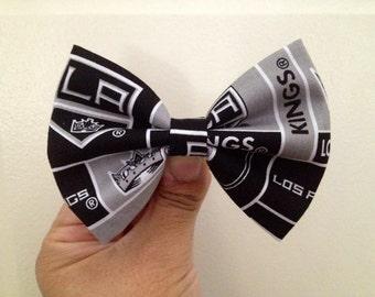La kings logo hair bow