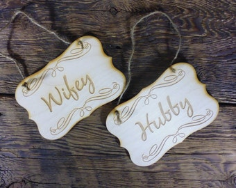 2 Bride Groom Chair Signs Rustic Wedding Chair Decor Set of 2 Photo Props Engraved Wooden Hangers Wifey and Hubby Signs