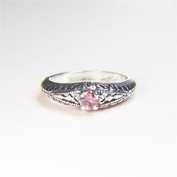 Pink Sapphire (Genuine), Round Cut, 0.25 carats x 4mm, Sterling Silver Ring