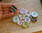 """CLEARANCE 8 Wooden Mixed Assorted Rose Floral Flower Leaf Peace Buttons Pink Blue Purple 30mm 1 1/8"""" (WB2246)"""