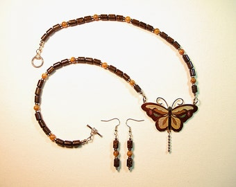 Beautiful Butterfly Necklace Chinese Jewelry Cloisonne Brown Gemstone Gold Sea Coral Shell Rare Collectible Gift for Her Christmas Gift
