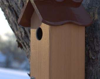 Best value modern bluebird house, PVC cedar outdoor bird house fully functional virtually maintenance free post mount new design unique