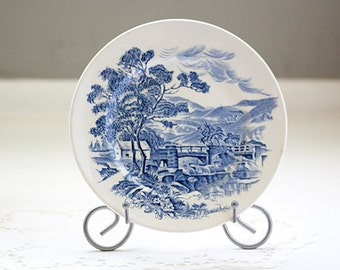 Wedgewood Countryside blue and white bread plate