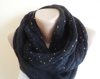 Circle Scarf, Knitting Cowl, Handmade Scarves, Black Women Scarf,  For Her Gifts, İnfinity scarf, Neckwarmer, Fashion Accessories
