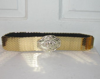 80's FISH SCALE METAL Belt // Vintage Elastic Stretch Gold Wide Textured Flower Floral Buckle Belt Size s/m Cinch Snake Disco 70's Deadstock