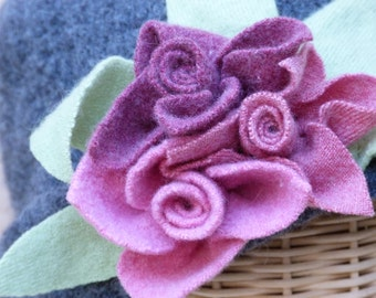 Women's grey  felted wool hat with rose felted flowers